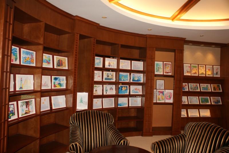 Выставка рисунков проекта